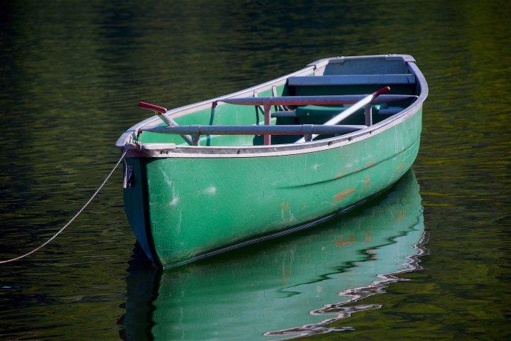 canoe-1657069_1920